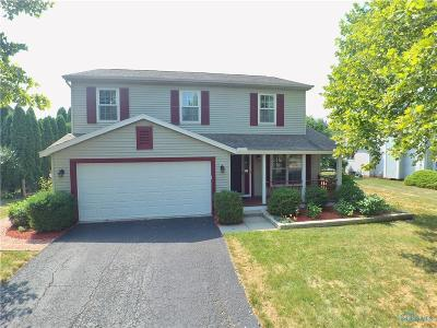 Perrysburg Single Family Home For Sale: 1614 Fox Run