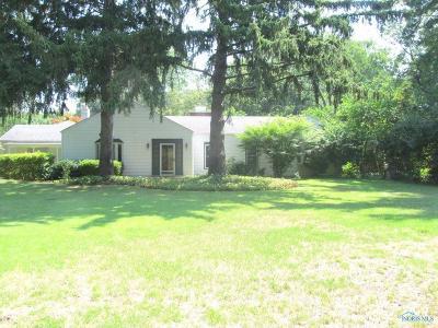 Toledo Single Family Home For Sale: 3012 Talmadge Road