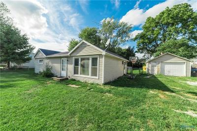 Ottawa Hills, Monclova, Oregon, Rossford, Swanton, Berkey, Metamora, Lyons, Whitehouse, Waterville Single Family Home For Sale: 2737 Arthur Street