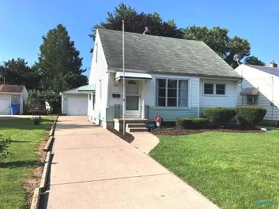 Toledo Single Family Home For Sale: 2734 104th Street