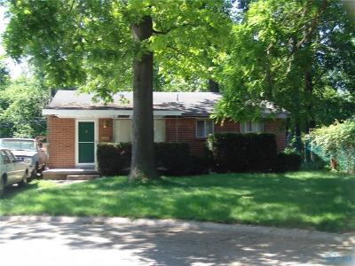Toledo Single Family Home For Sale: 2345 Ann Drive