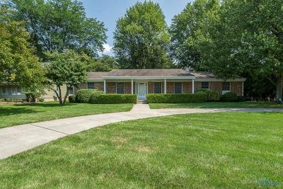 Toledo Single Family Home For Sale: 2252 Applewood Drive