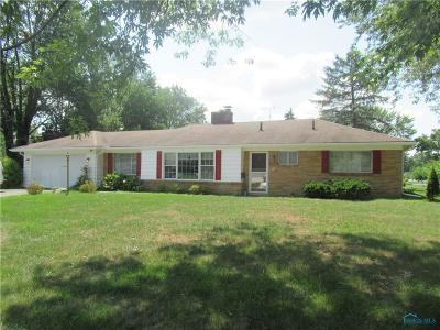Sylvania Single Family Home Contingent: 5928 Angleview Drive