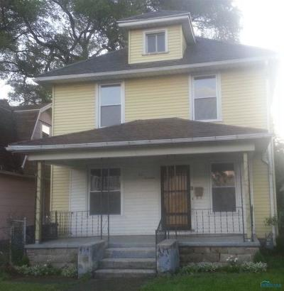 Toledo OH Single Family Home For Sale: $31,900