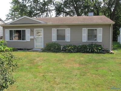 Toledo Single Family Home For Sale: 3453 Forest Grove Drive