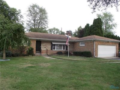 Toledo Single Family Home Contingent: 2610 Emmick Drive
