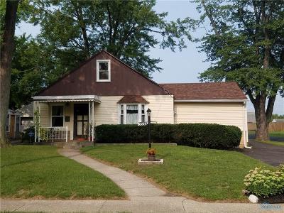 Toledo Single Family Home For Sale: 5059 Adella Street