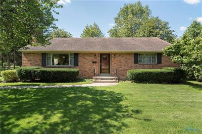 Perrysburg Single Family Home For Sale: 1024 Hickory Street