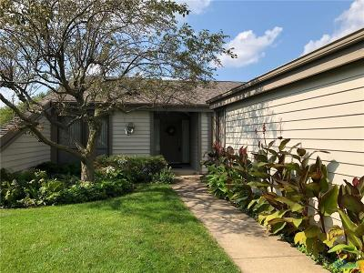 Maumee Condo/Townhouse For Sale: 6624 Embassy Court #28