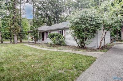 Holland Single Family Home Contingent: 9711 Oak Green Court