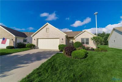 Perrysburg Condo/Townhouse For Sale: 10750 Waterview Drive