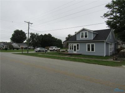 Perrysburg Single Family Home Contingent: 10293 Dowling Road