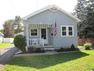 Single Family Home For Sale: 711 Pearl Street