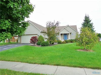 Perrysburg Single Family Home For Sale: 3196 Steeple Chase Lane