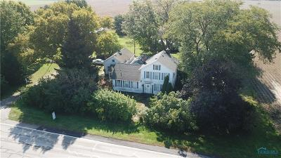 Ottawa Hills, Monclova, Oregon, Rossford, Swanton, Berkey, Metamora, Lyons, Whitehouse, Waterville Single Family Home For Sale: 9717 Neapolis Waterville Road