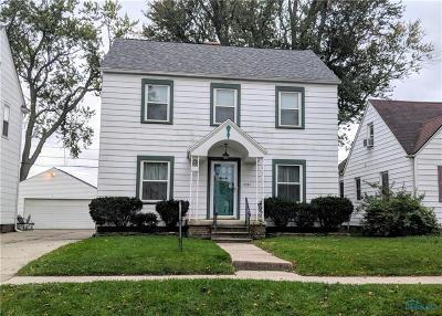 Toledo Single Family Home For Sale: 2561 Thoman Place