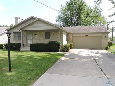 Maumee Single Family Home For Sale: 4435 Margrete Drive