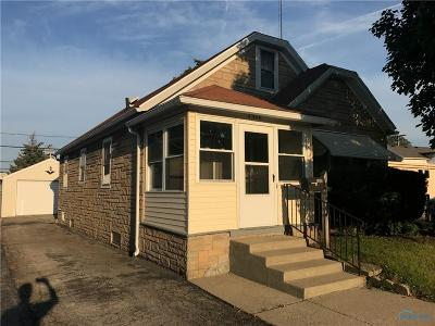 Toledo Single Family Home For Sale: 3920 Woodhaven Drive