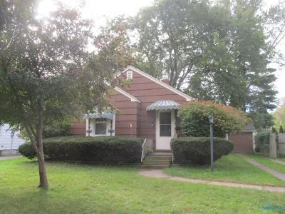 Toledo Single Family Home For Sale: 2355 Ward Street