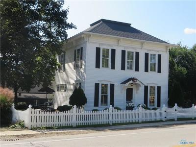Single Family Home Sold: 23941 W River Road