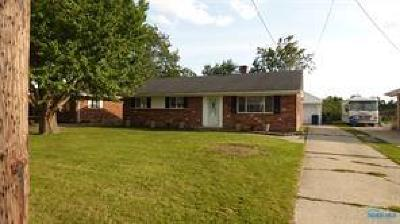 Toledo Single Family Home For Sale: 2110 Lehman