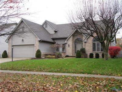 Maumee Single Family Home For Sale: 2206 Willowtree Lane