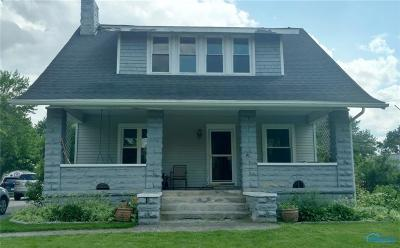 Grand Rapids Single Family Home For Sale: 23781 W River Road
