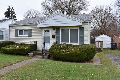 Toledo Single Family Home For Sale: 5657 Douglas Road