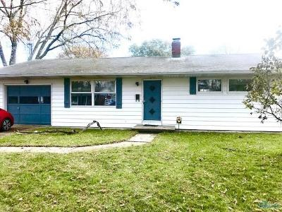 Toledo Single Family Home For Sale: 1635 Colleen Court