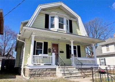 Toledo Single Family Home For Sale: 540 Carlton Street