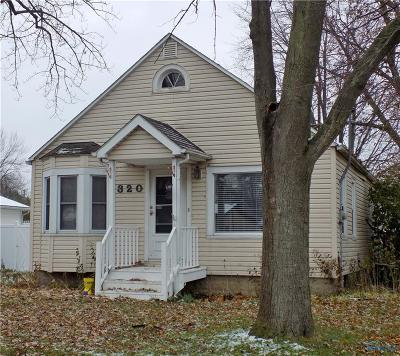 Maumee Single Family Home For Sale: 320 Clinton Street