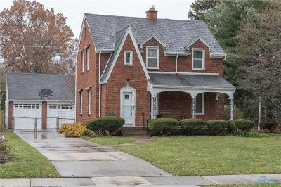 Toledo Single Family Home For Sale: 3650 Mapleway Drive