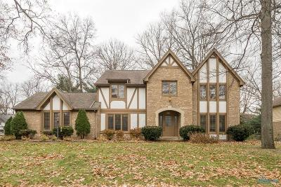 Toledo Single Family Home Contingent: 2927 Spring Water Drive