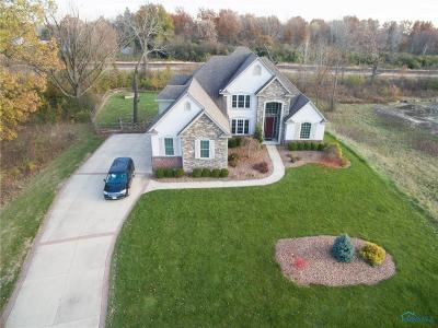 Perrysburg Single Family Home For Sale: 30332 Jacqueline Place