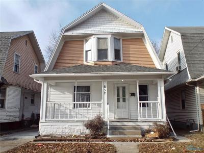 Toledo Single Family Home For Sale: 632 Nicholas Street