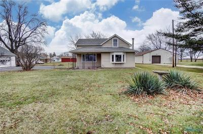 Ottawa Hills, Monclova, Oregon, Rossford, Swanton, Berkey, Metamora, Lyons, Whitehouse, Waterville Single Family Home For Sale: 33 S Stadium Road