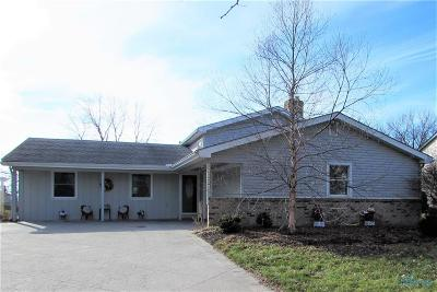 Perrysburg OH Single Family Home Contingent: $194,900