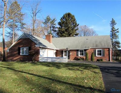 Toledo OH Single Family Home Contingent: $209,900