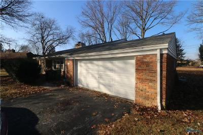 Maumee Single Family Home For Auction: 749 W Carisbrook Drive