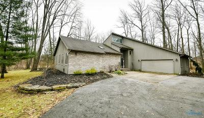 Single Family Home For Sale: 23 Indian Creek Drive