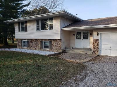 Curtice Single Family Home Contingent: 22153 W State Route 579