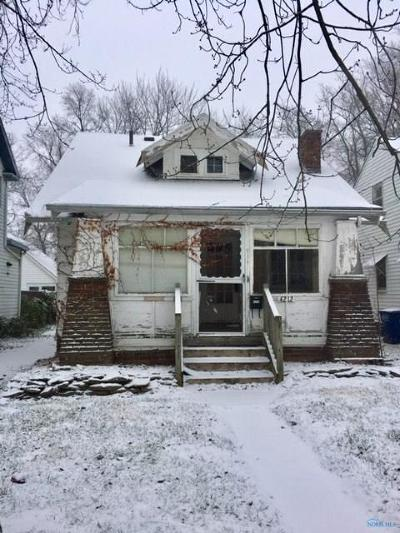 Toledo Single Family Home For Sale: 4212 Harris Street