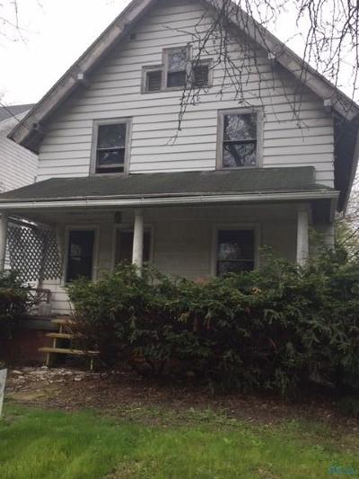 Toledo Single Family Home For Sale: 2914 Scottwood Avenue