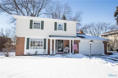 Perrysburg Single Family Home Contingent: 1078 Eastbrook Drive