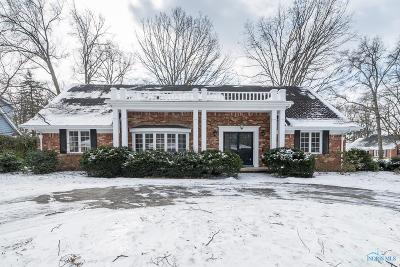 Toledo Single Family Home For Sale: 4639 Beaconsfield Court