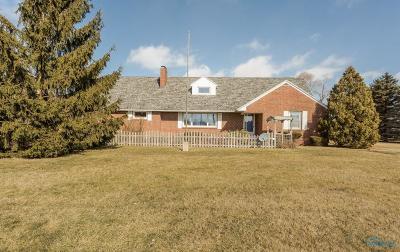 Ottawa Hills, Monclova, Oregon, Rossford, Swanton, Berkey, Metamora, Lyons, Whitehouse, Waterville Single Family Home For Sale: 11244 Sylvania Avenue