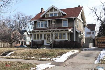 Toledo Single Family Home For Sale: 2562 Scottwood Avenue