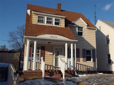 Toledo Single Family Home For Auction: 2040 Glencove Drive