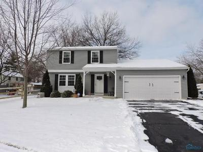Maumee Single Family Home Contingent: 2412 Valley Stream Boulevard