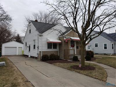 Rossford Single Family Home Contingent: 152 Windsor Drive